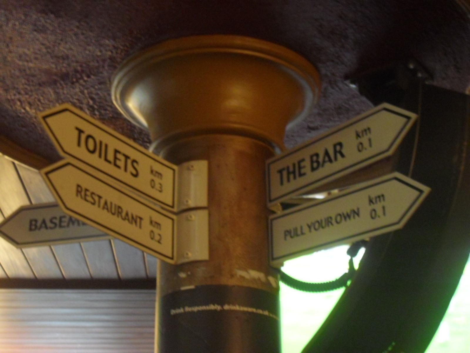 traditional pubs in Belfast