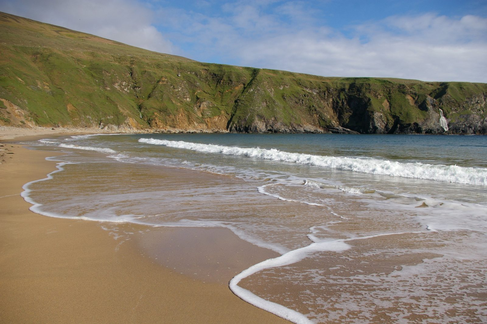 places to visit in Donegal Malin Beg Beach