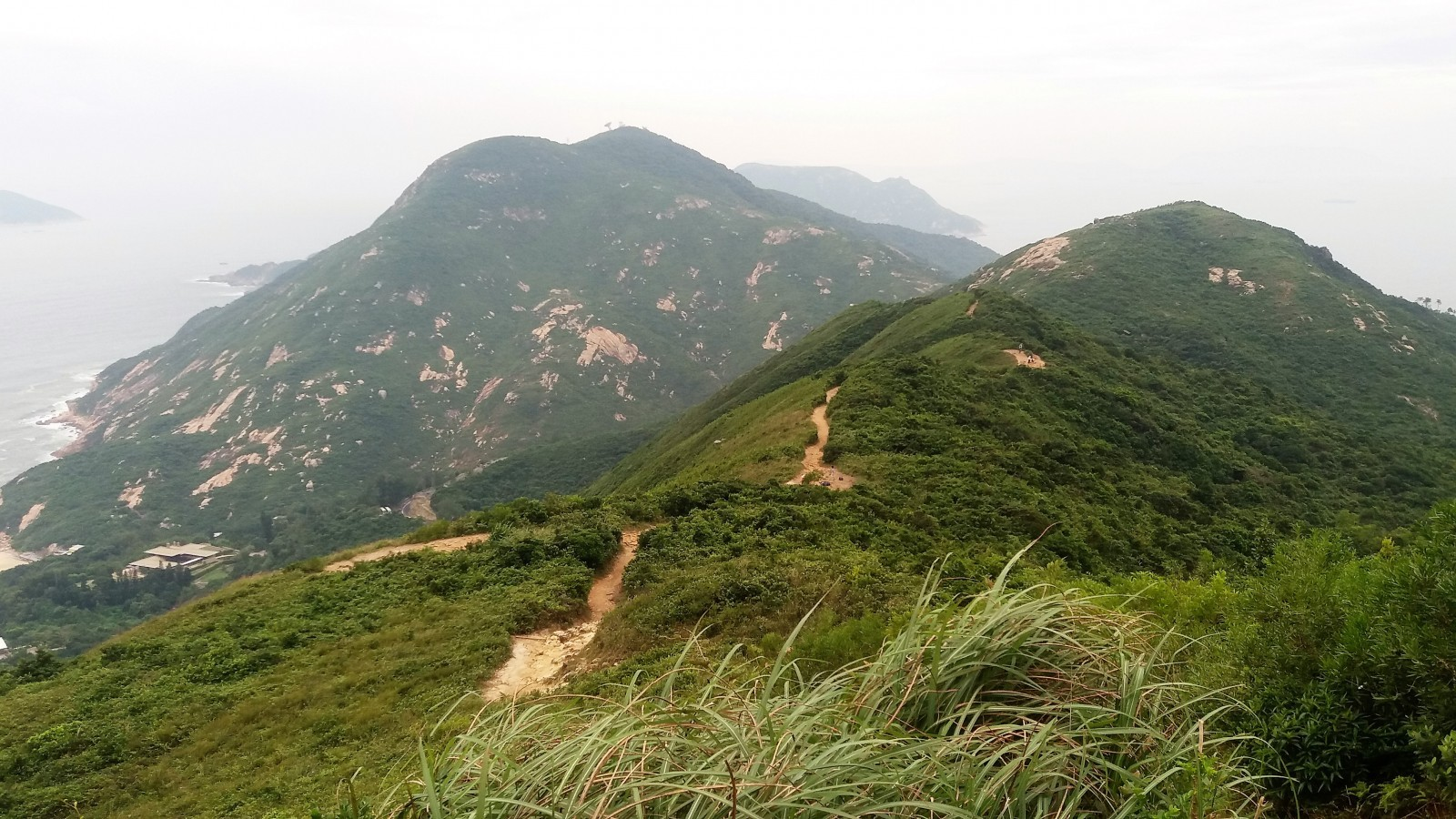 day hikes in Hong Kong Dragon's Back Walk Hong Kong