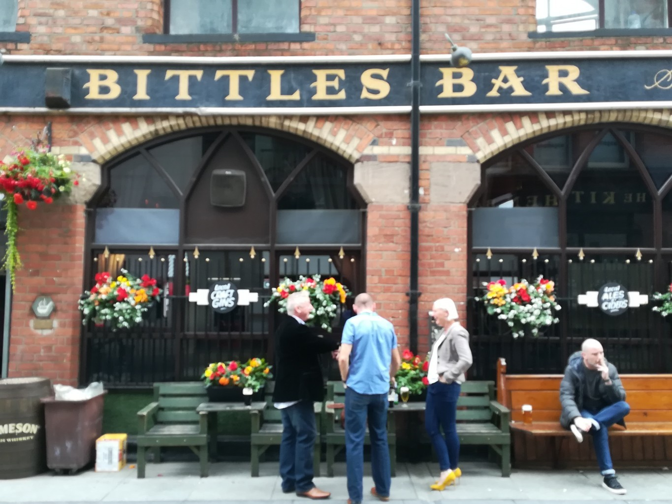 traditional pubs in Belfast Bittle's Bar