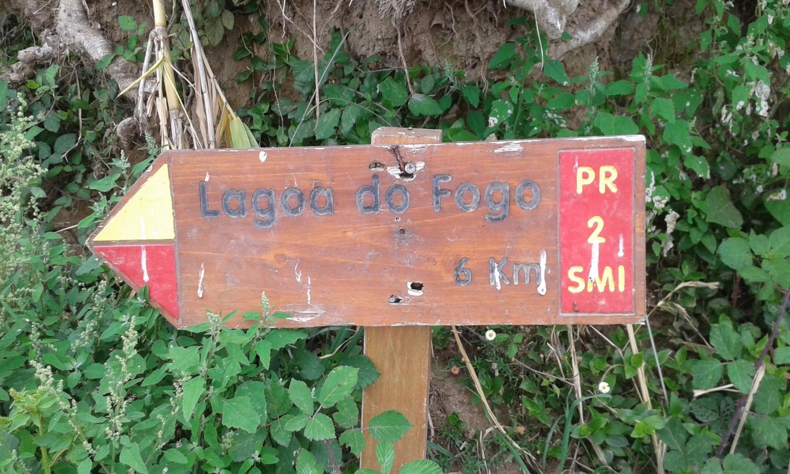 Lagoa do Fogo hike