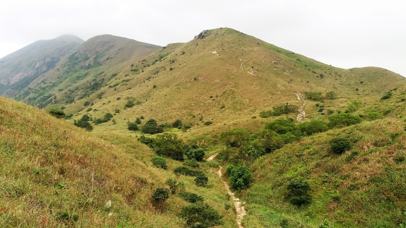 best hikes in Hong Kong Lantau Peak
