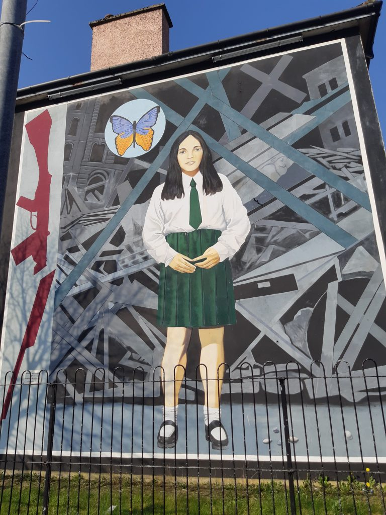 Death of innocence bogside murals Derry